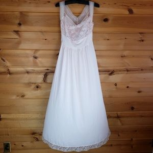 VTG 60s Vanity fair nightgown lingerie pink lace